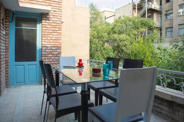 SYI-Hostel-Balcony